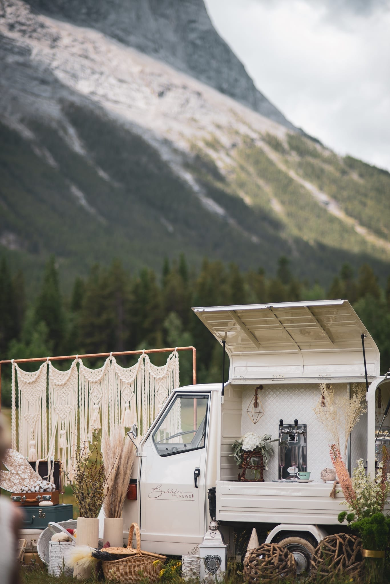 Bubbles and Brews Prosecco Cart in Canmore